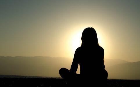 Woman who meditates to enjoy the silence